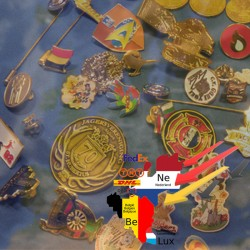 Spoed maatwerk service, geborduurde badges
