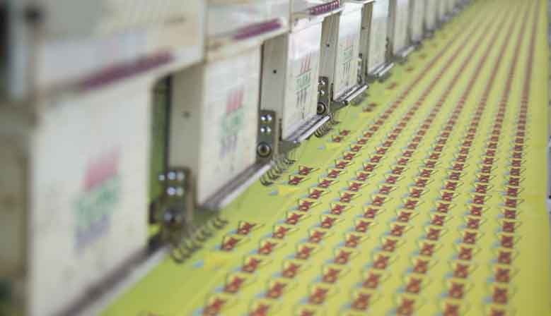 Markleider in het maken en leveren van geborduurde badges, emblemen en patches